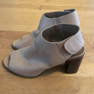 Beige Leather Steve Madden Mules